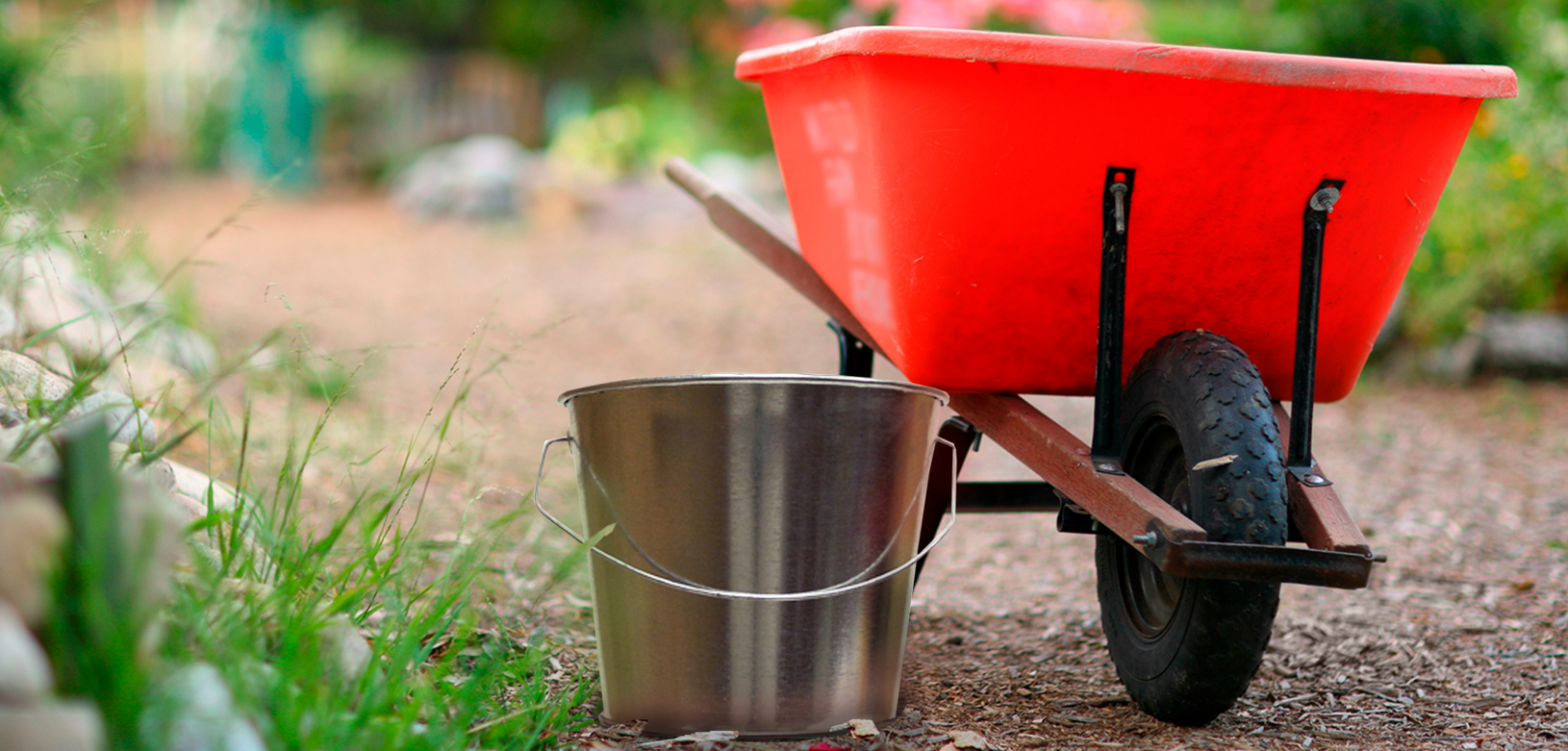 Witt Industrial Pail and Wheel Barrel Outdoor Environmental